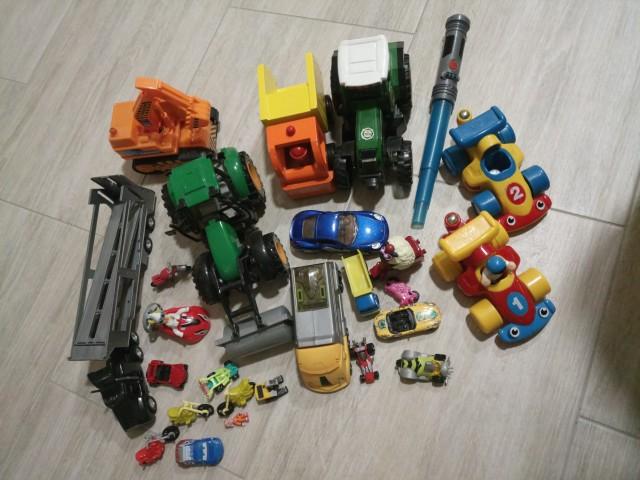 Komplet igrač