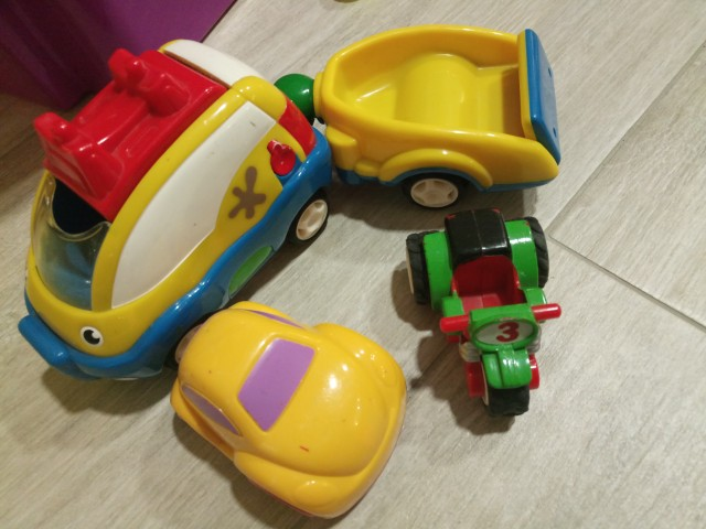 Komplet vozil