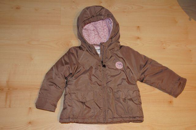 Debelejša prehodna jaknica 74; 13 eur
