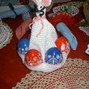velikonočni zajček s pirhi