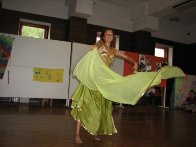Kšibkanje - Trebušni ples - foto